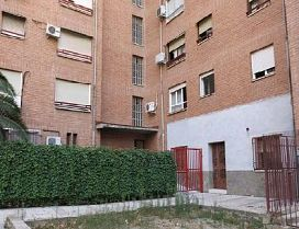 Local en venta en Puente de Vallecas, Madrid, Madrid, Calle Guadalcazar, 134.500 €, 241,09 m2