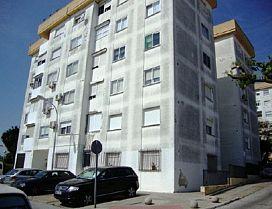 Piso en venta en Picadueña, Jerez de la Frontera, Cádiz, Calle El Pino Bda los Laureles, 49.900 €, 3 habitaciones, 2 baños, 97 m2