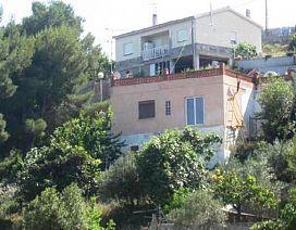 Casa en venta en Cal Viló Vell, Castellet I la Gornal, Barcelona, Avenida Jardines, 76.000 €, 3 habitaciones, 1 baño, 153 m2
