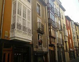 Piso en venta en Alde Zaharra/casco Viejo, Vitoria-gasteiz, Álava, Calle Pintoreria, 50.000 €, 56 m2