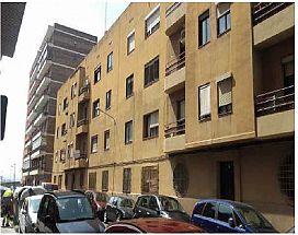 Piso en venta en Instituts - Templers, Lleida, Lleida, Calle Isaac Albeniz, 95.000 €, 4 habitaciones, 2 baños, 126 m2