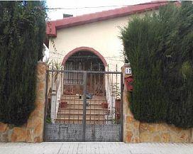 Casa en venta en Linares, Jaén, Calle Maestro Alfredo Martos, 248.000 €, 5 habitaciones, 292 m2