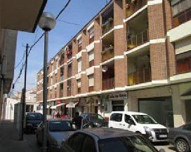 Piso en venta en Deltebre, Tarragona, Calle Barcelona, 56.000 €, 3 habitaciones, 1 baño, 110 m2