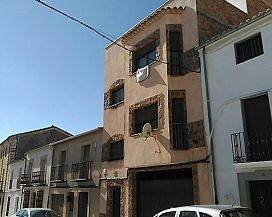 Piso en venta en Torreperogil, Jaén, Calle Castelar, 73.300 €, 3 habitaciones, 2 baños, 132 m2