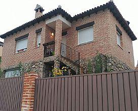 Casa en venta en El Coto, El Casar, Guadalajara, Calle Isla de Gran Canaria los Arenales, 155.000 €, 2 habitaciones, 2 baños, 181 m2