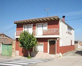 Casa en venta en Villa-sanz, Rueda, Valladolid, Calle Obispo Santander, 70.000 €, 4 habitaciones, 141 m2