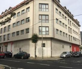 Piso en venta en Cariño, A Coruña, Avenida Constitución, 68.000 €, 3 habitaciones, 2 baños, 133 m2