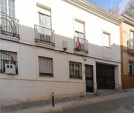 Piso en venta en Puente Genil, Córdoba, Calle Luna, 79.000 €, 156 m2