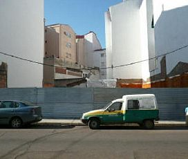 Suelo en venta en San Roque, Badajoz, Badajoz, Calle Reyes Huertas, 235.000 €, 1157 m2