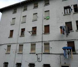 Piso en venta en Areta, Laudio/llodio, Álava, Calle Ugarte, 121.500 €, 2 habitaciones, 1 baño, 78,84 m2