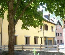 Parking en venta en Piscifactoria de Les, Les, Lleida, Calle Laurens, 5.200 €, 16 m2