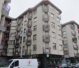Piso en venta en Medina de Pomar, Burgos, Avenida Burgos, 53.000 €, 3 habitaciones, 132 m2