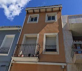 Casa en venta en Polinyà de Xúquer, Valencia, Calle Blasco Ibañez, 61.200 €, 4 habitaciones, 146 m2