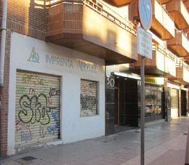 Local en venta en El Crucero, Burgos, Burgos, Calle San Pedro Cardeña, 122.000 €, 99,7 m2