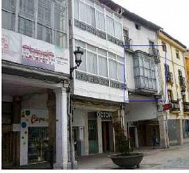 Piso en venta en Briviesca, Burgos, Plaza Mayor, 33.000 €, 4 habitaciones, 1 baño, 135 m2