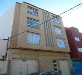 Piso en venta en Cruce de Sardina, Santa Lucía de Tirajana, Las Palmas, Calle Presidente Zarate, 83.000 €, 3 habitaciones, 1 baño, 97 m2