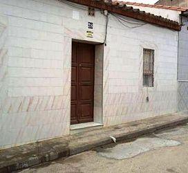 Casa en venta en Peñarroya-pueblonuevo, Córdoba, Calle Rafael Alberti, 11.000 €, 3 habitaciones, 1 baño, 117 m2