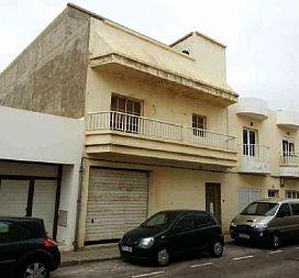 Casa en venta en Argana Alta, Arrecife, Las Palmas, Calle Victor Hugo, 157.000 €, 3 habitaciones, 258 m2