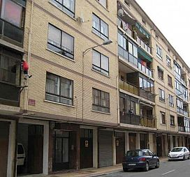 Piso en venta en Oyón/oion, Oyón-oion, Álava, Calle San Martin, 61.500 €, 3 habitaciones, 1 baño, 94,21 m2