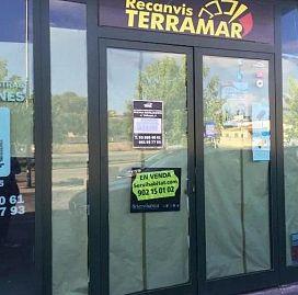 Industrial en venta en Mas D`en Pedro, Cubelles, Barcelona, Calle del Penedés, 254.700 €, 324 m2