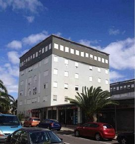 Piso en venta en Santa Cruz de Tenerife, Santa Cruz de Tenerife, Calle Decano Consular Jesus Ramos González, 82.000 €, 3 habitaciones, 2 baños, 91 m2