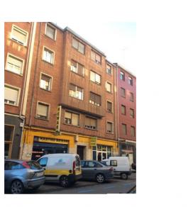 Piso en venta en Allende, Miranda de Ebro, Burgos, Calle Cid, 60.000 €, 3 habitaciones, 1 baño, 99 m2