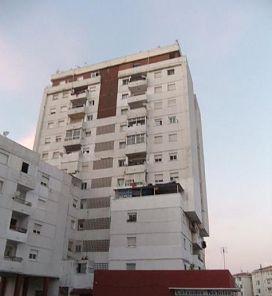Piso en venta en Algeciras, Cádiz, Calle Federico Garcia Lorca, 27.900 €, 3 habitaciones, 1 baño, 85 m2
