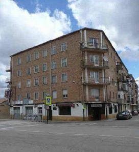 Piso en venta en Almazán, Soria, Calle Hurtado de Mendoza, 53.400 €, 4 habitaciones, 1 baño, 127 m2