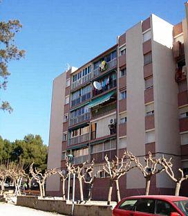 Piso en venta en Tarragona, Tarragona, Avenida Els Pins, 27.500 €, 3 habitaciones, 1 baño, 65 m2