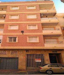 Local en venta en Torrevieja, Alicante, Calle Caballero de Rodas, 226.500 €, 276 m2