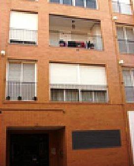 Piso en venta en Ausias March, Carlet, Valencia, Calle Colon, 58.000 €, 3 habitaciones, 2 baños, 145 m2