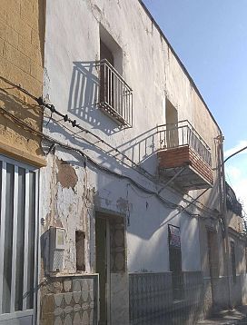 Casa en venta en L`alcúdia de Crespins, L` Alcúdia de Crespins, Valencia, Calle Villa Adela, 34.700 €, 2 habitaciones, 1 baño, 231 m2
