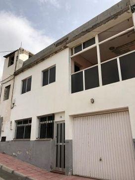 Piso en venta en Puertito de Güímar, Güímar, Santa Cruz de Tenerife, Calle Canguirafo, 55.000 €, 3 habitaciones, 1 baño, 78 m2