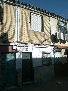 Casa en venta en Casa en Sevilla, Sevilla, 13.300 €, 2 habitaciones, 1 baño, 49 m2