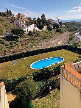 Casa en venta en Rincón de la Victoria, Málaga, Calle Antigua Y Barbuda, 276.000 €, 3 habitaciones, 189,08 m2