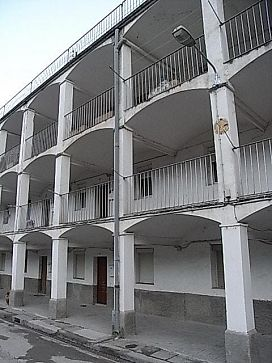 Piso en venta en Casserres, Barcelona, Calle Colonia Guixaró (carrer Galeries), 43.500 €, 2 habitaciones, 1 baño, 82 m2