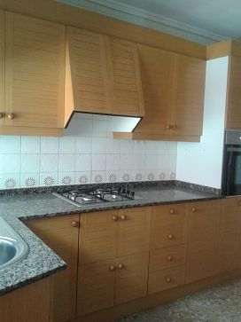 Piso en venta en Piso en Sagunto/sagunt, Valencia, 67.200 €, 4 habitaciones, 1 baño, 112,1 m2