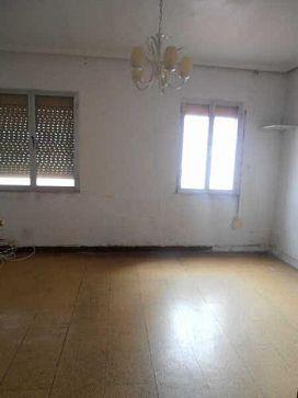Piso en venta en Allende, Miranda de Ebro, Burgos, Calle Concepcion Arenal, 30.000 €, 3 habitaciones, 1 baño, 79 m2