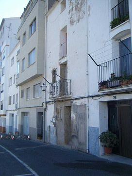Piso en venta en Llucena/lucena del Cid, Lucena del Cid, Castellón, Calle San Isidro Labrador, 9.400 €, 3 habitaciones, 1 baño, 179 m2