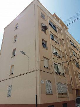 Piso en venta en Grupo San Vicente Ferrer, Castellón de la Plana/castelló de la Plana, Castellón, Calle Sierra de Engarceran, 95.000 €, 4 habitaciones, 1 baño, 100 m2