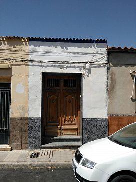 Casa en venta en Tomelloso, Ciudad Real, Calle Velarde, 52.000 €, 7 habitaciones, 1 baño, 208 m2