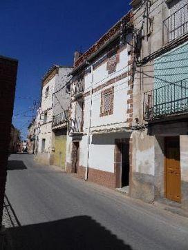 Piso en venta en Piñana, Castillonroy, Huesca, Calle Mayor, 33.300 €, 5 habitaciones, 1 baño, 60 m2