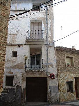 Casa en venta en Autol, Autol, La Rioja, Calle Conde de Autol, 32.100 €, 1 habitación, 1 baño, 212 m2