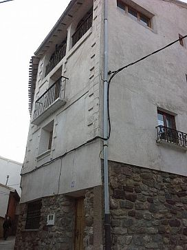 Casa en venta en Viguera, Viguera, La Rioja, Calle Mayor, 81.700 €, 5 habitaciones, 2 baños, 222 m2