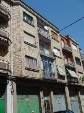 Piso en venta en La Estrella, Logroño, La Rioja, Calle Valderuga, 87.500 €, 4 habitaciones, 1 baño, 120 m2