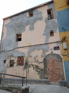 Piso en venta en Centre Històric, Lleida, Lleida, Calle Sant Andreu, 34.600 €, 3 habitaciones, 1 baño, 93 m2
