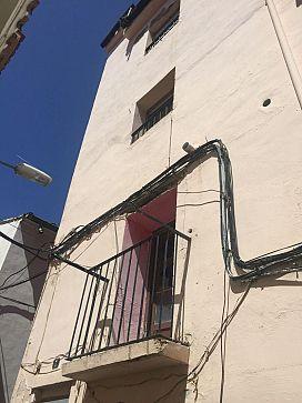Casa en venta en Peralta, Navarra, Calle Alta Tejedores, 51.750 €, 4 habitaciones, 1 baño, 196 m2