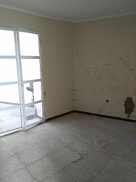 Piso en venta en Écija, Sevilla, Calle General Weyler, 48.500 €, 2 habitaciones, 2 baños, 51 m2