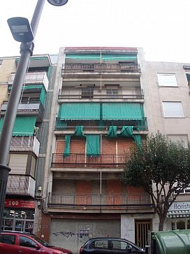 Piso en venta en Gandia, Valencia, Calle Abat Sola, 62.800 €, 2 baños, 128 m2