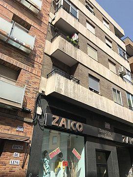 Piso en venta en Delicias, Zaragoza, Zaragoza, Calle Don Pedro de Luna, 69.000 €, 3 habitaciones, 1 baño, 77 m2